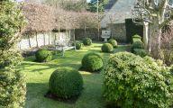 Traditional Garden Design  4 Arrangement