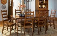 Early American Dining Room Set  11 Design Ideas