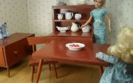 Early American Dining Room Set  18 Picture
