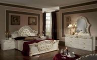 Traditional Bedroom Set  13 Inspiration