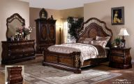 Traditional Bedroom Set  4 Decor Ideas
