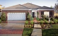 Traditional Exterior House  33 Home Ideas