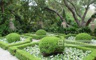 Traditional Garden Layout  12 Renovation Ideas