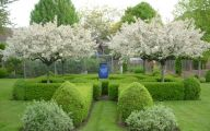 Traditional Gardens On Pinterest  12 Decoration Idea