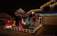 Big Exterior Christmas Lights  13 Designs