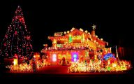 Big Exterior Christmas Lights  29 Ideas