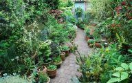 Small Gardens  34 Decor Ideas
