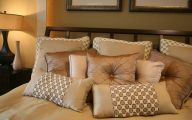 Bedroom Pillow 29 Decoration Idea
