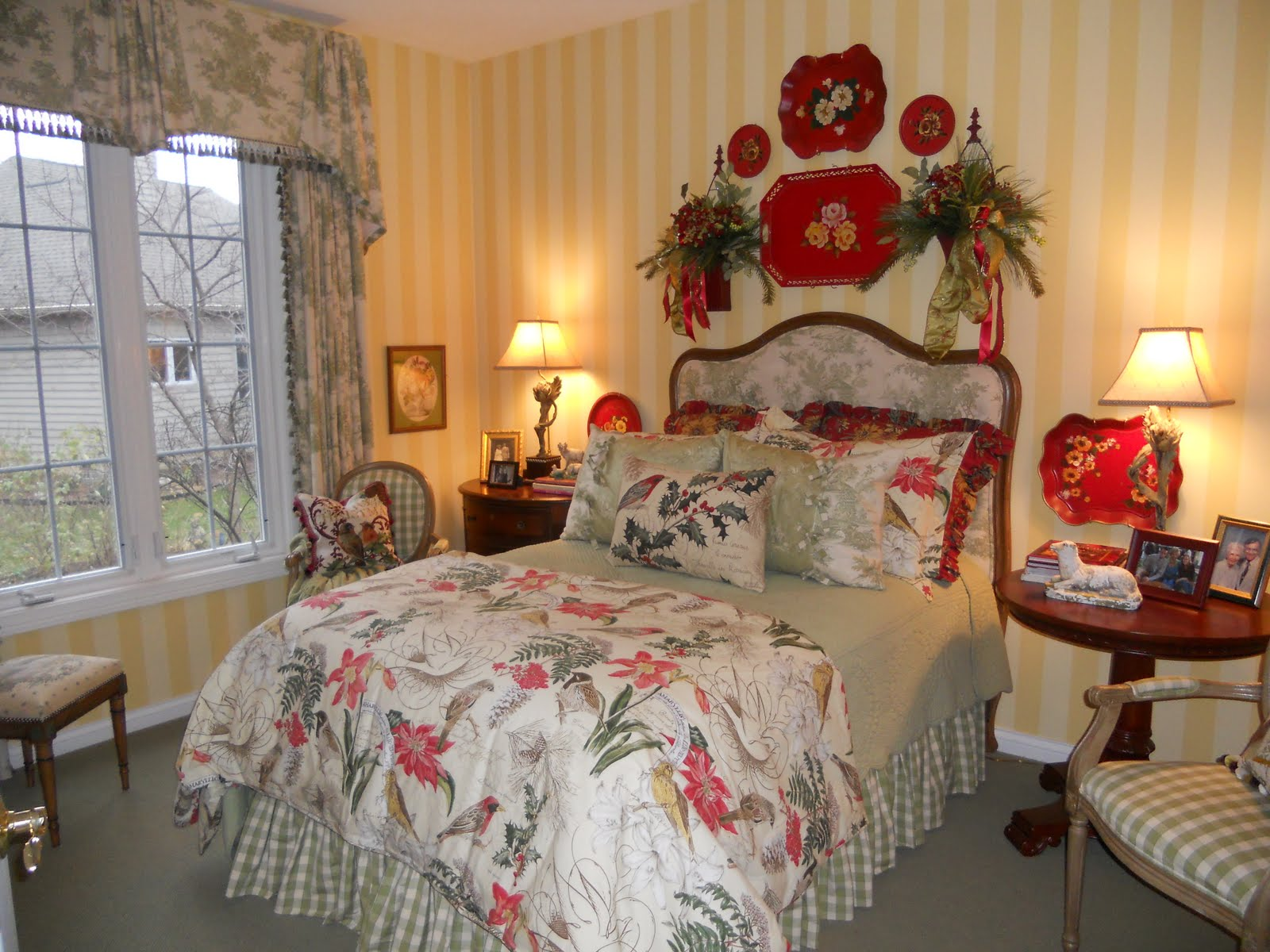 Bedroom wallpaper and matching bedding 26 decoration - Wallpaper and curtain sets ...