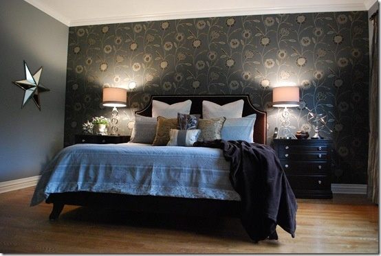 Bedroom wallpaper feature wall 1 decor ideas for Feature wallpaper bedroom ideas
