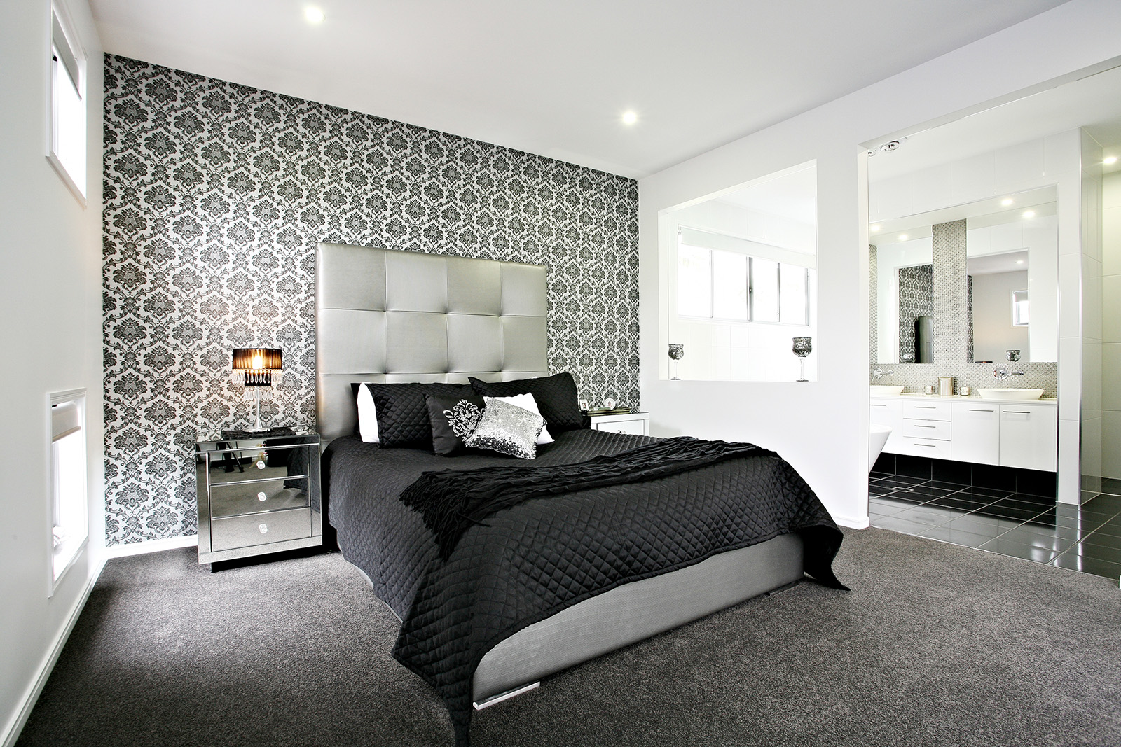bedroom wallpaper feature wall 35 inspiration. Black Bedroom Furniture Sets. Home Design Ideas