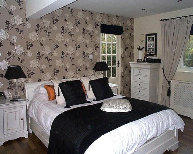Bedroom wallpaper ideas 7 architecture for Wallpaper ideas for master bedroom