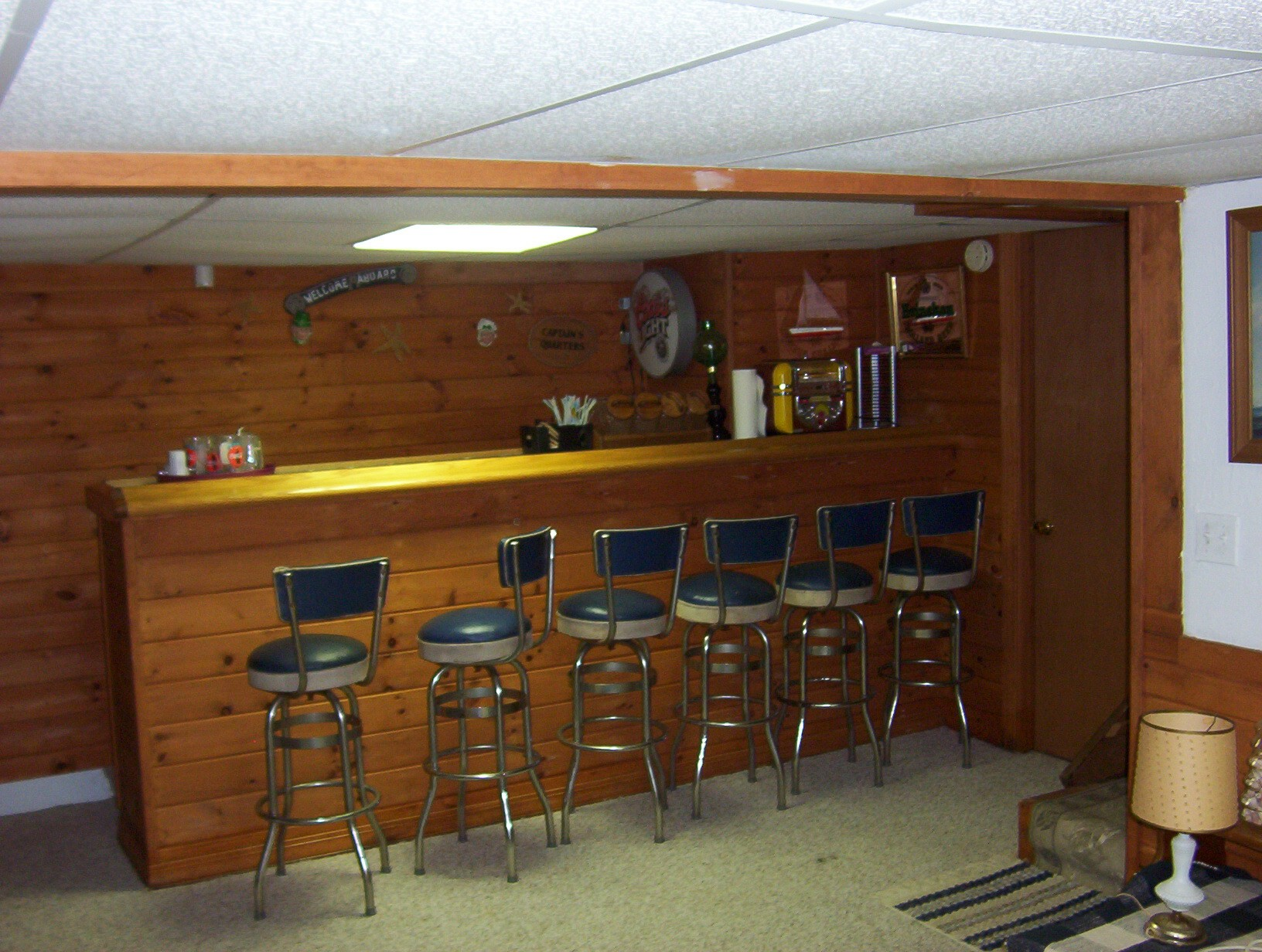Cool basement bars 13 inspiration for Design your own basement online free