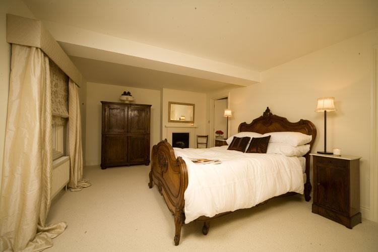 classic bedroom design 3 arrangement - enhancedhomes