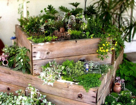 Garden ideas for small areas 7 arrangement for Garden area ideas