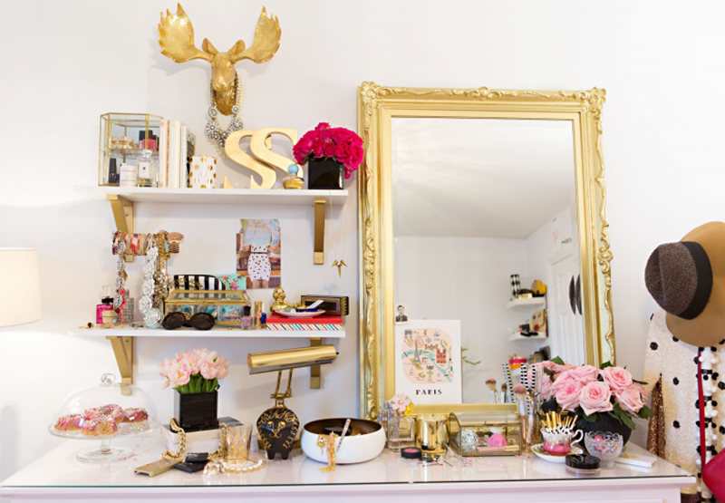 5 feng shui ways gold makes life more abundant the tao of dana - Gold bedroom accessories ...