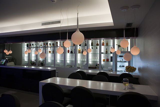 Modern basement bar designs 1 decoration inspiration for Modern bar designs pictures