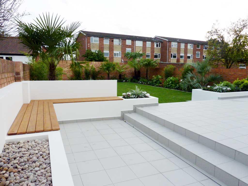 Modern garden 9 decor ideas for Contemporary garden ideas