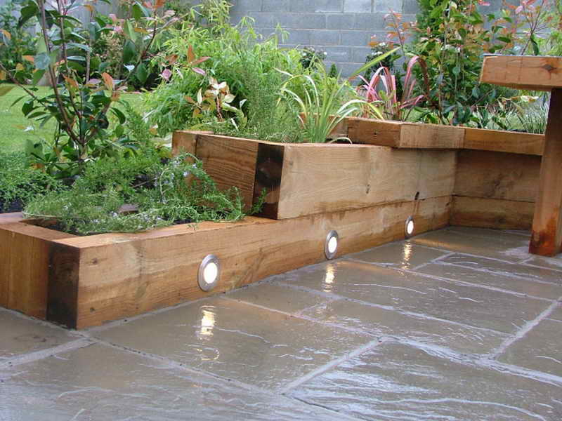 Modern garden designs for small gardens 9 architecture for Patio designs for small gardens