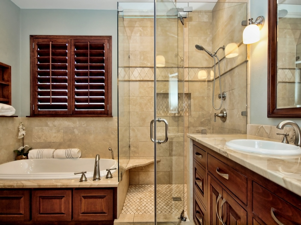 Traditional bathroom pictures 12 design ideas for Traditional master bathroom ideas