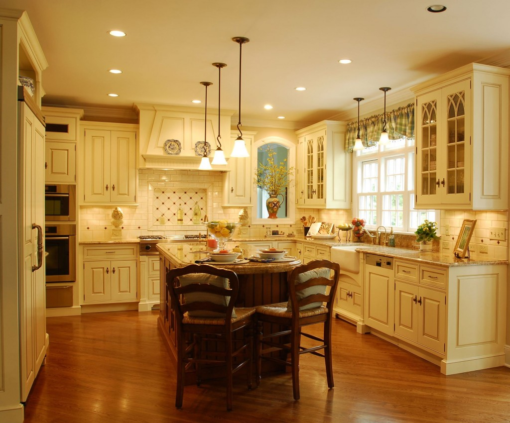 Traditional kitchen lighting 1 picture for 5 kitchen ideas