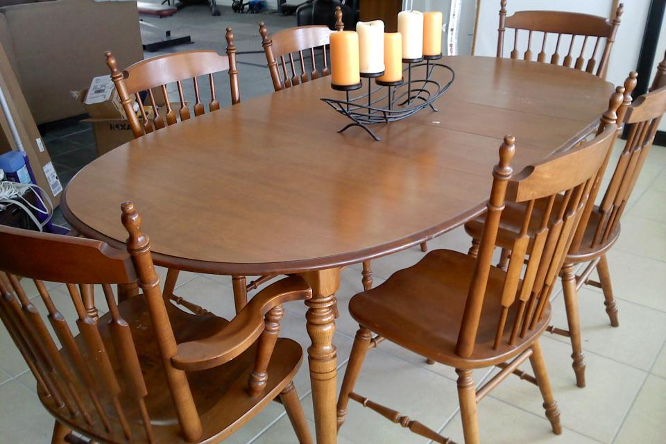 Early American Dining Room Set Renovationg Ideas