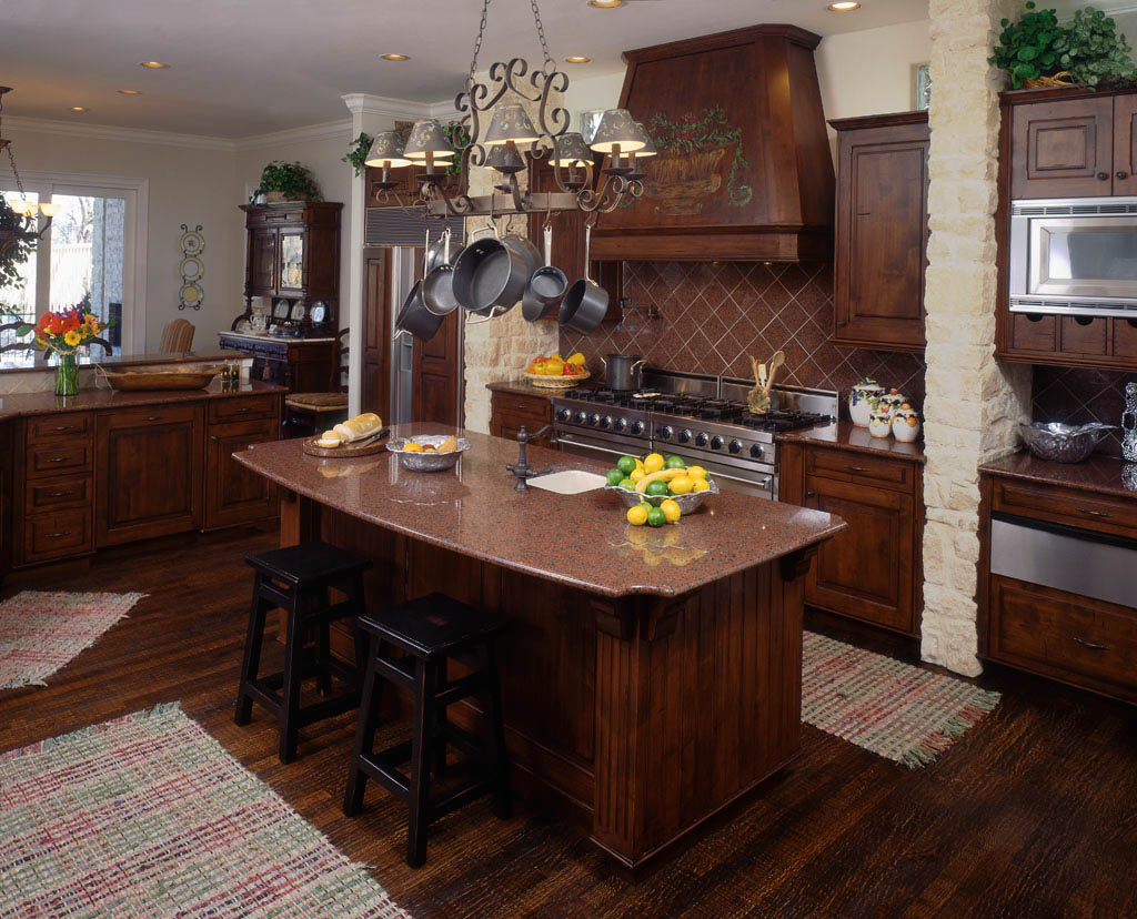 Traditional american kitchen design 7 renovation ideas for Kitchen designs american style
