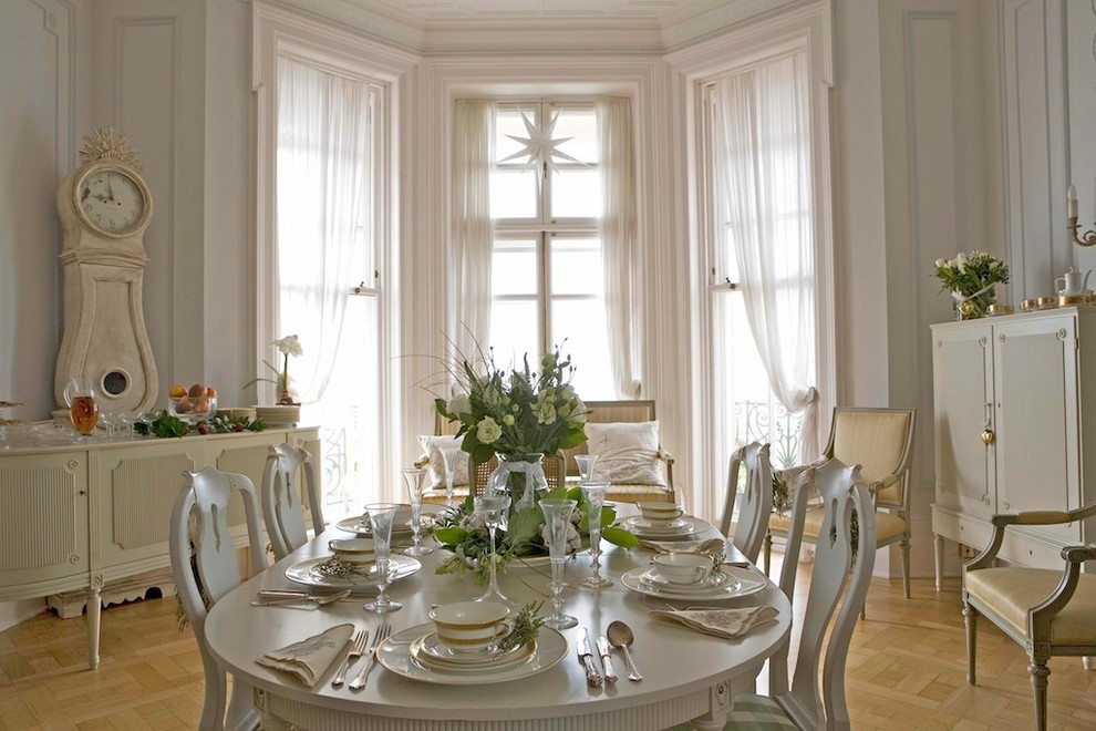 Traditional dining room colors 36 designs for Traditional dining room color ideas