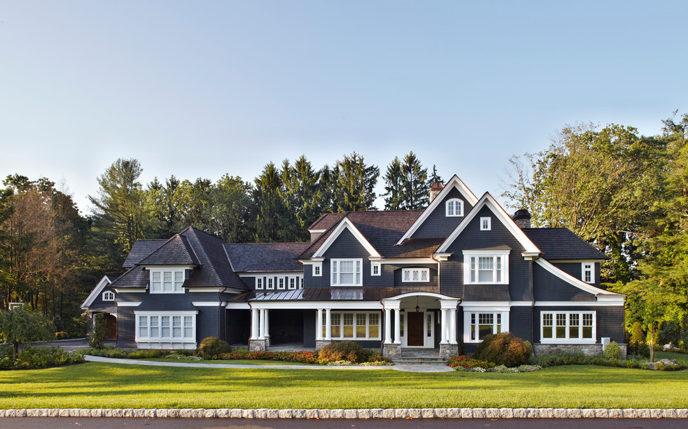 traditional exterior home designs Re-decorating ideas & Traditional Exterior Home Designs 2 Ideas - EnhancedHomes.org