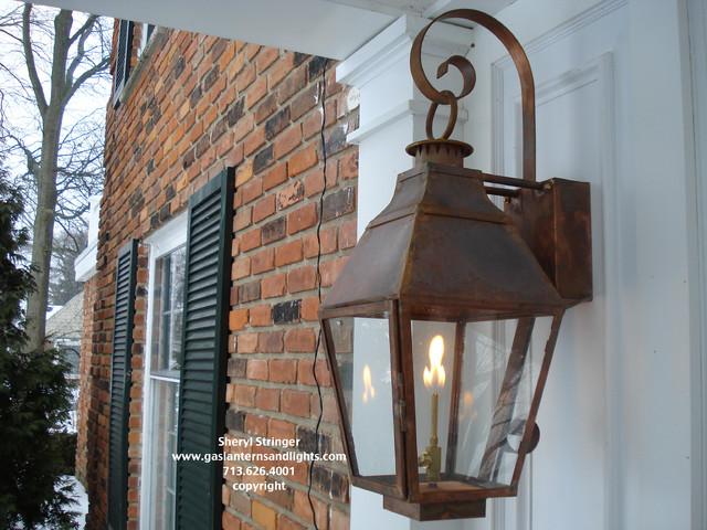 Traditional Exterior Lighting 32 Home Ideas