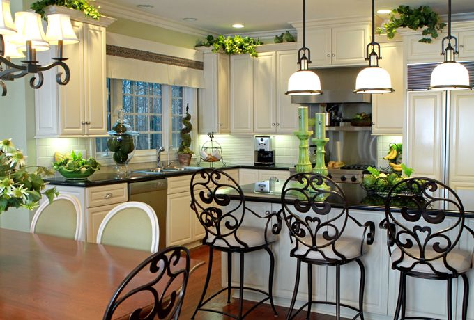 Kitchen Chandeliers Traditional Traditional kitchen chandeliers 8 architecture enhancedhomes traditional kitchen chandeliers re decorating ideas audiocablefo