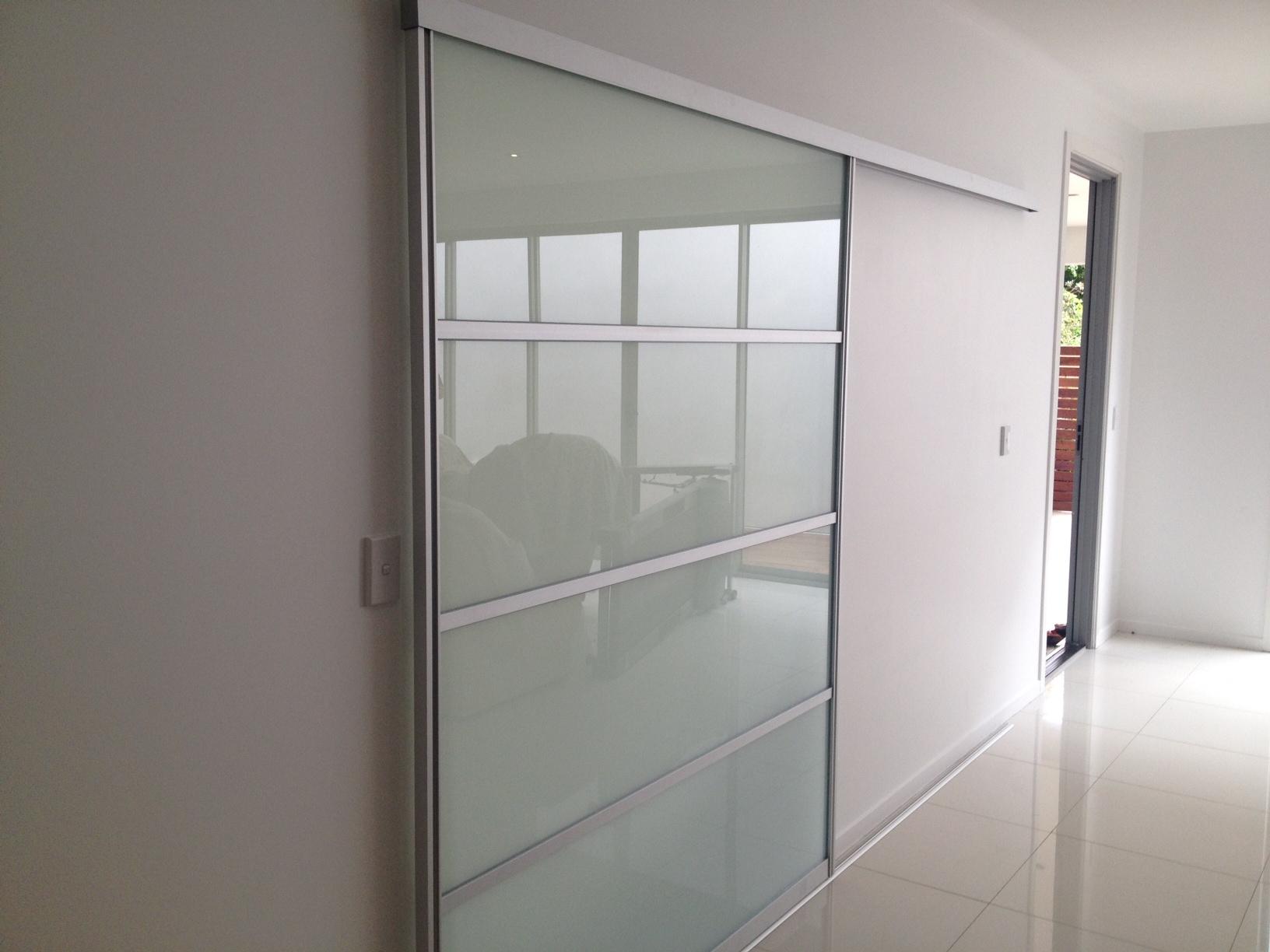 Top 15 interior door projects that belong in a magazine for Large internal sliding doors