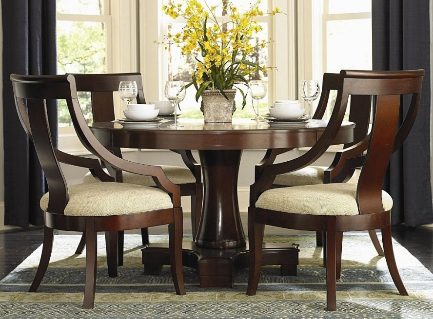 Fine dining room tables and chairs 16 inspiring design for Fine dining room furniture