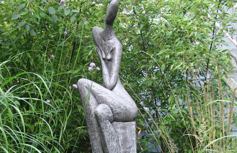 Modern Garden Art Sculptures Re Decorating Ideas