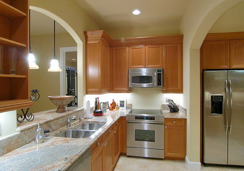 Small basement kitchens 18 decor ideas for Small basement kitchen ideas