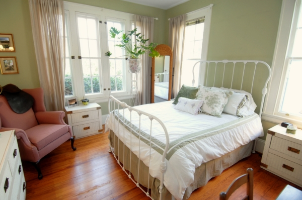 small bedroom big bed 15 decor ideas