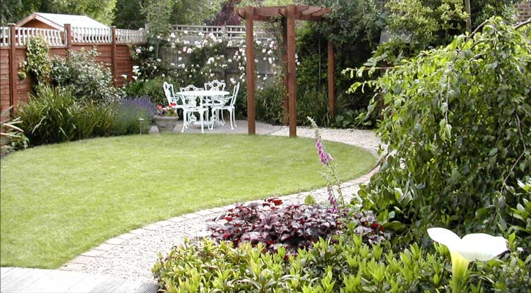 Small garden ideas 14 picture for Small garden layouts designs