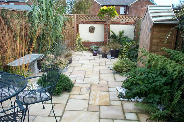Marvelous Small Gardens Re Decorating Ideas