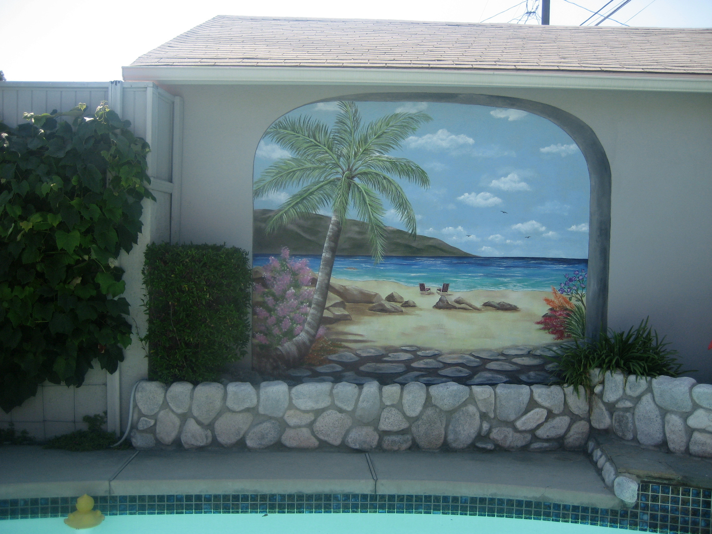 Exterior wall paint 16 ideas for Exterior wall mural ideas